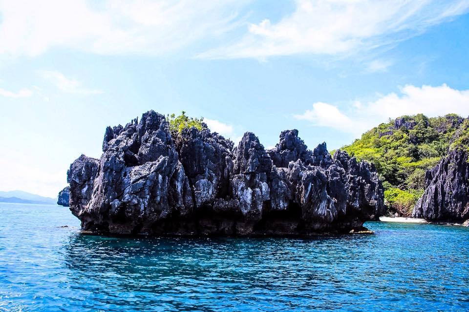 Payong Payong Beach l El Nido, Palawan