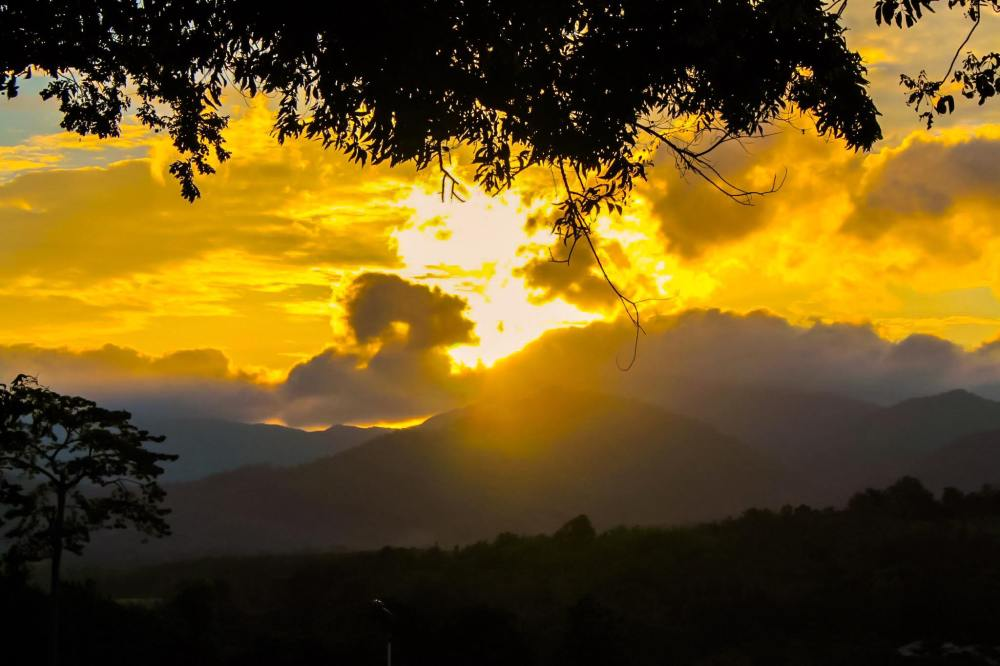 The Rancho Sunset l Mitras Ranch Mountain View Top, Puerto Princessa City, Palawan l 29 June 2015
