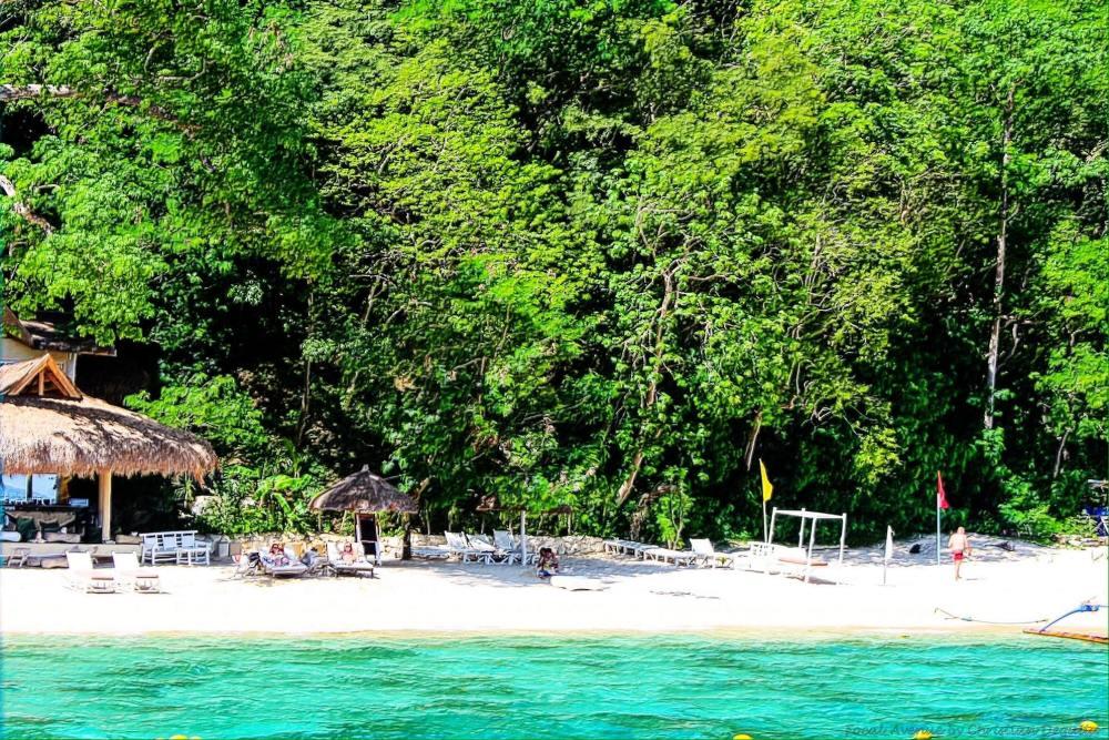 Seven Commandos Island, El Nido, Palawan